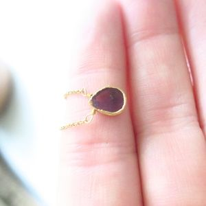 Artisan Moon Jewelry - Natural Garnet Hammered Gold 2 Layer Necklace Set
